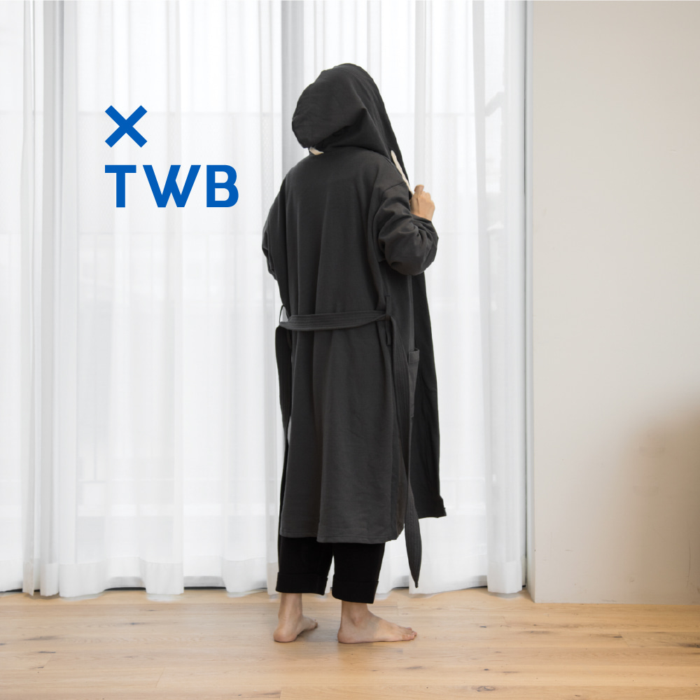 LIVING ROBE X TWB MISTAKE